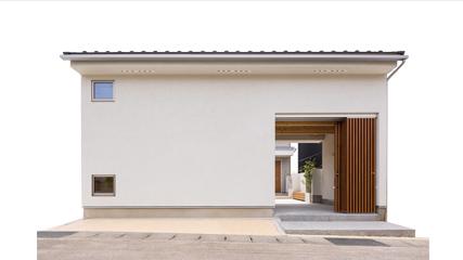 「門のある家」写真