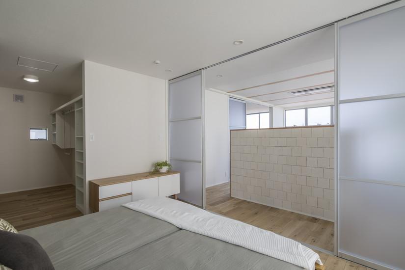 つながりのある2階の室内空間